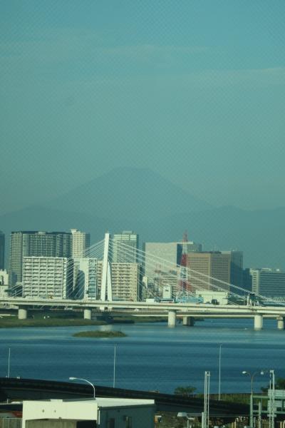 国際線ターミナルから見た富士山