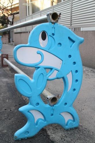 過去にご紹介した単管バリケード「イルカ型」