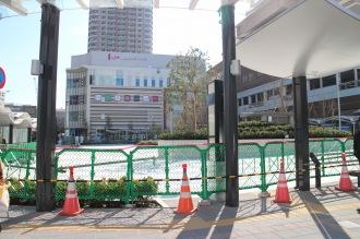 武蔵小杉駅東口駅前広場の2番バス乗り場