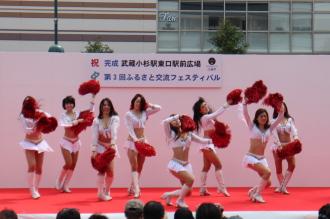 ステージイベント「富士通フロンティアレッツ」