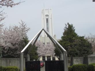 法政二中・高の時計塔