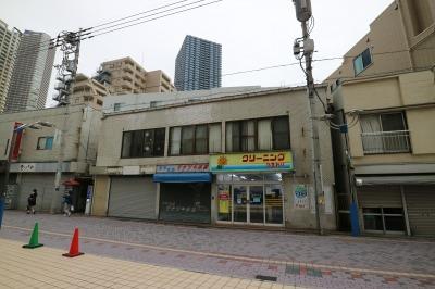 法政通り商店街のビル建設地