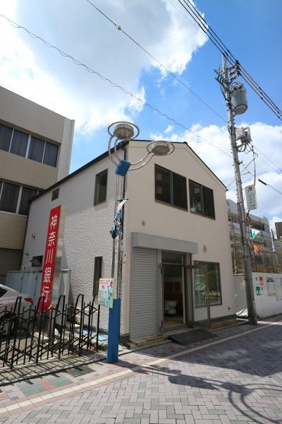 「メガネスーパー武蔵小杉店」が移転する旧「フェリシア」の建物