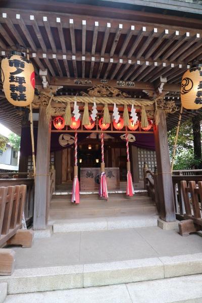 市ノ坪神社の本殿