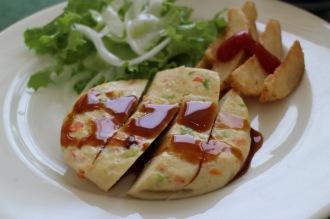 メイン料理「豆腐ハンバーグ」