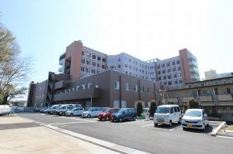 川崎市立井田病院(裏側から)