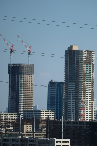 建設中の「パークシティ武蔵小杉 ザ ガーデン タワーズイースト」