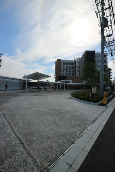 川崎市立井田病院のロータリー