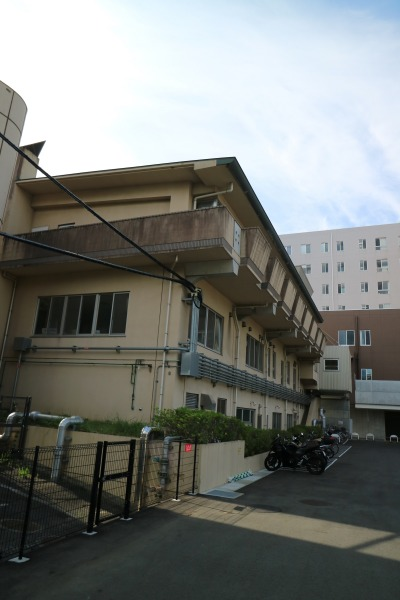 井田病院裏手の古い建物
