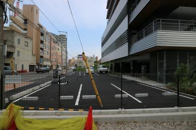 川崎市医師会館の駐車場(拡幅用地の暫定利用)