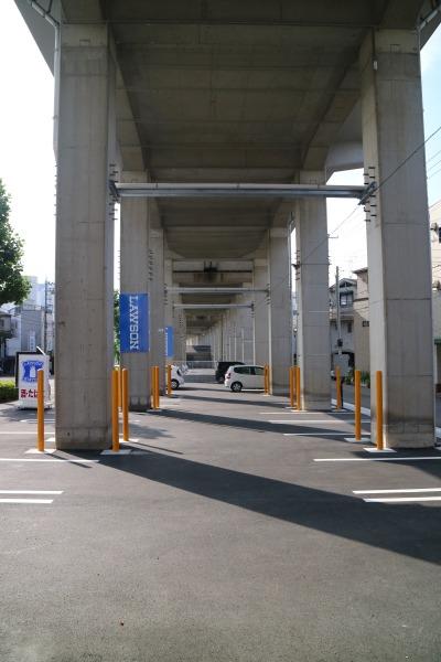 ローソンの駐車場