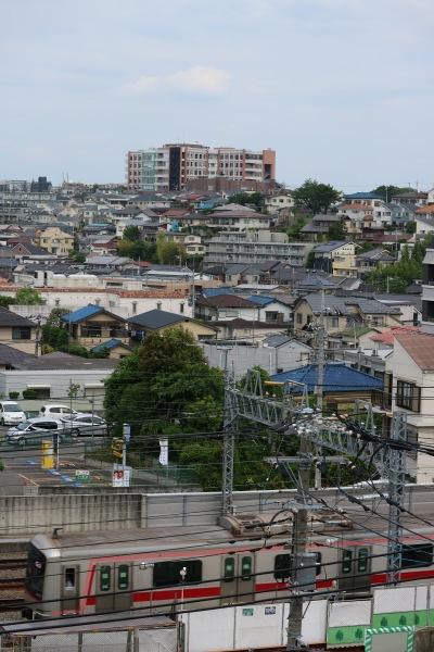 東急東横線と井田病院