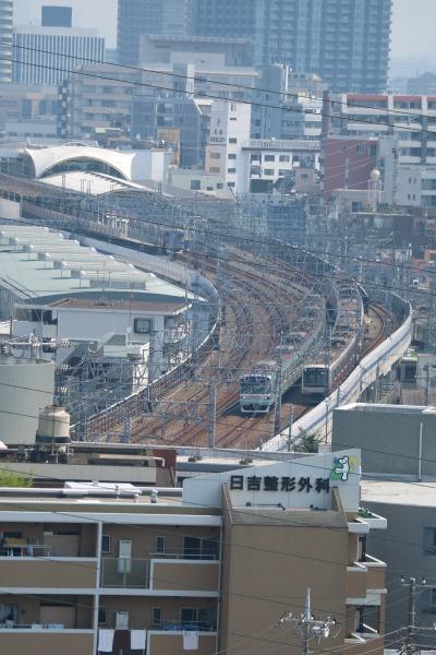 日吉キャンパスから見た東急元住吉駅