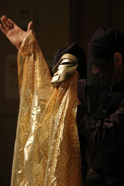 ひとみ座代表 中村孝男さんによる人形操演