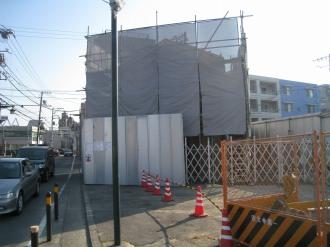 工事中の小杉交番と中原街道