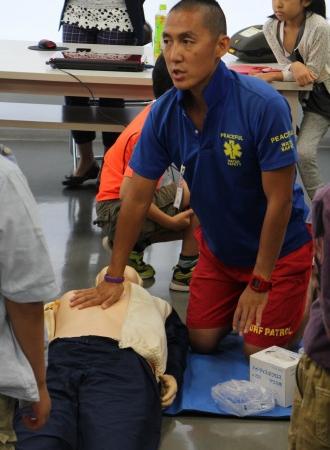 田村さんによるAED救命講習