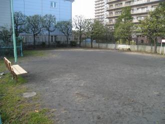 新丸子東第2公園の内部