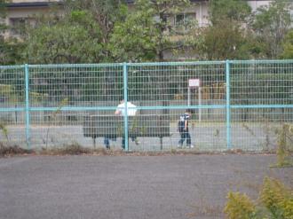 新丸子東第2公園で遊ぶご家族
