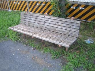 従来のベンチ
