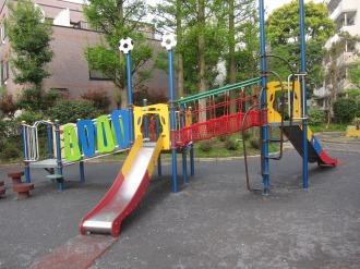 滑り台の複合遊具