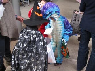 レジデンス・ザ・武蔵小杉の恐竜さん