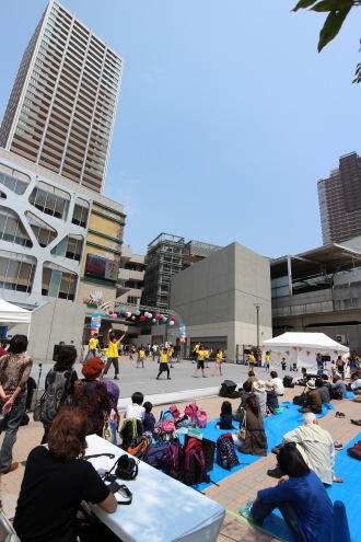 こすぎ舞祭と武蔵小杉の再開発ビル