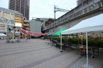 「こすぎ夏祭」の出店のテント