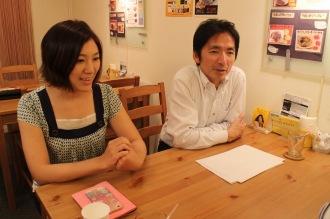 NPO法人小杉駅周辺エリアマネジメント理事長 安藤さんと「KOSUGI CURRY」奥村さん