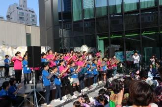 ■「KDX会場」のステージ「中原中学校吹奏楽部&上丸子小学校音楽クラブ」