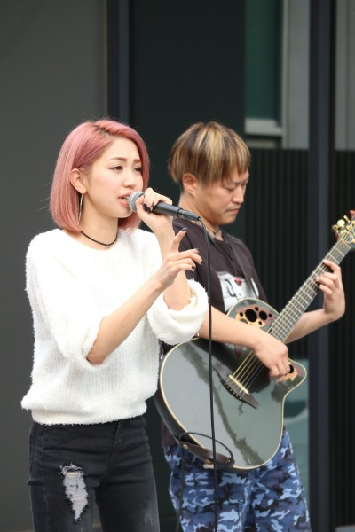 「カワサキミュージックキャスト」のステージ