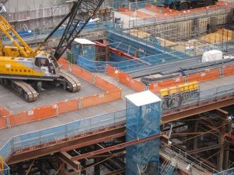 再開発ビルの地下部分