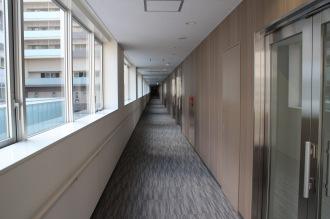 セントア武蔵小杉A棟の廊下
