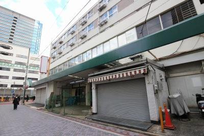 ダイソー併設の花屋・寿司店の跡地