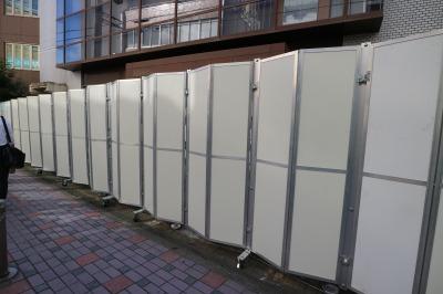 開閉式のフェンス設置