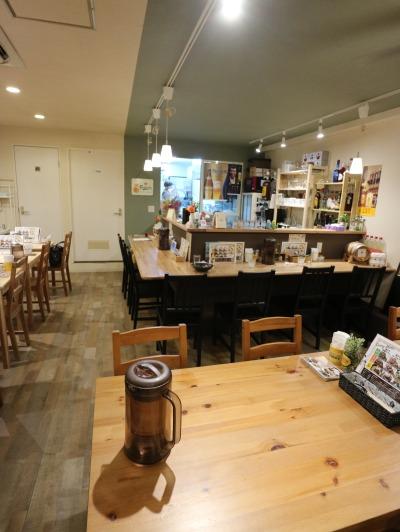 新「KOSUGI CURRY」の店内