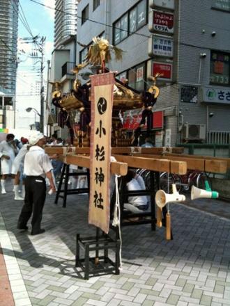 小杉3丁目町会の神輿