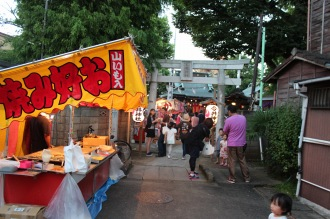 今井神社の参道