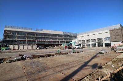 建設中の川崎市立小杉小学校