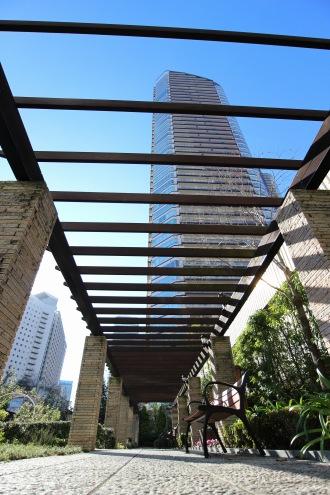 ステーションフォレストタワーの公開空地