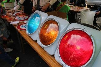 信号機や交通標識