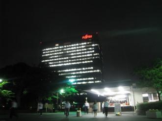 富士通川崎工場本部ビル(ライトダウン前)