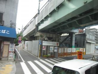 高架化された京浜急行蒲田駅付近