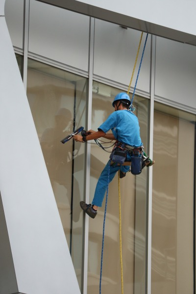 「KOSUGI PLAZA」の窓掃除