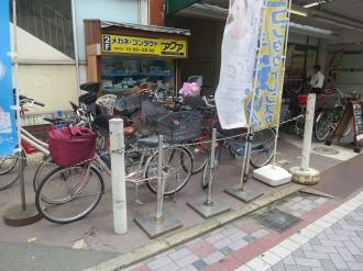 店舗前の駐輪