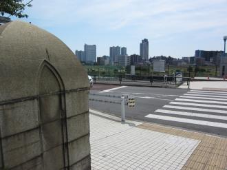 東京都大田区側の「親柱」