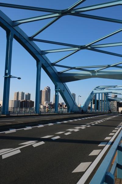 多摩川をまたぐ「丸子橋」