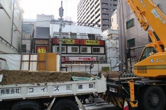 「CLUB SQUARE」跡地の商業ビル建設工事