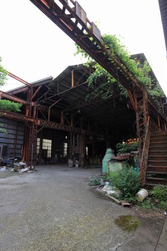 中原区宮内の廃工場スタジオ