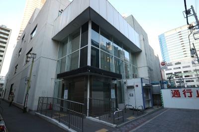 ATMの運び出された旧武蔵小杉支店