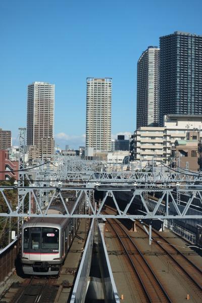 元住吉駅に出入りする東急線